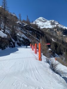 Ski Tout from Tignes les Brevieres to 1800